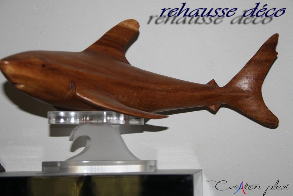 vague en plexi pour rehausse requin en bois