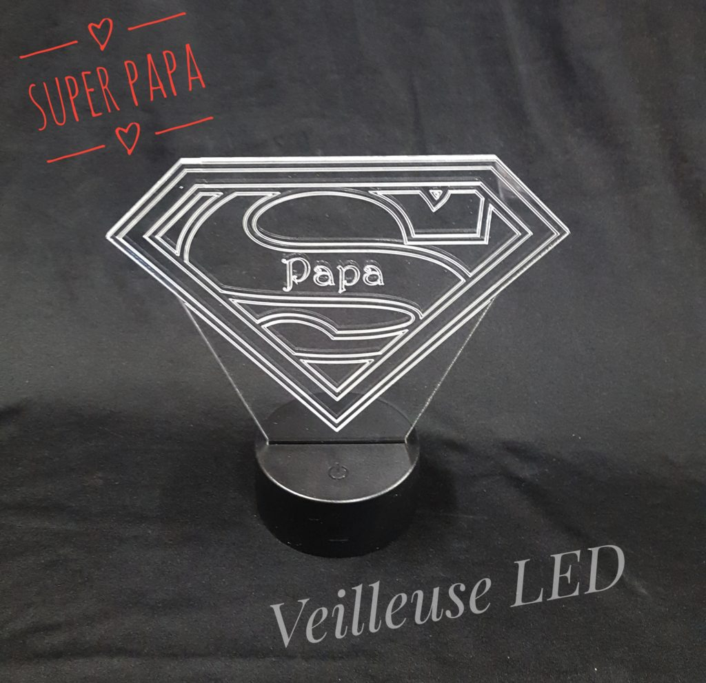 veilleuse à led super papa en plexiglas