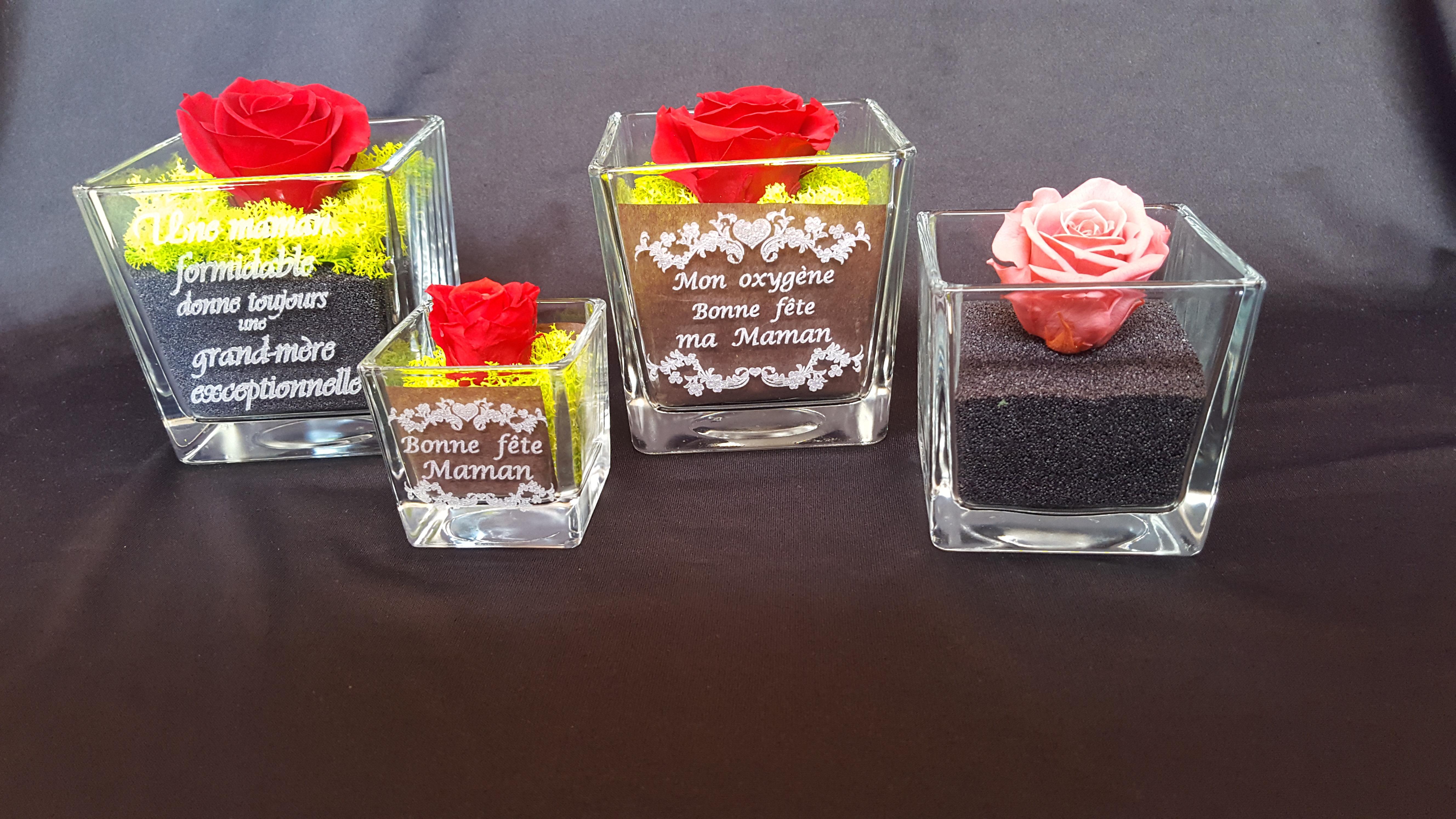 vases avec roses stabilisées à personnaliser