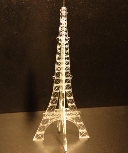 décoration tour Eiffel plexi gravée
